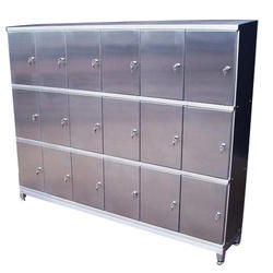 Key Lock 18 Compartment Pharma SS Locker For Industry