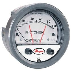 Series 3000MR/3000MRS Photohelic Switch Gage