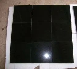 Polished Granite Floor Tile, Thickness: 15-20 mm