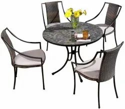Universal Furniture Table with 4 Chairs