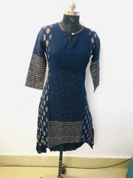 Ladies Casual Blue Printed Kurti