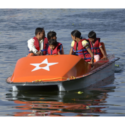 Pedal Boats 4 Seater (Without Steering) (Ready Stock))