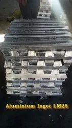 LM25 Aluminium Ingots