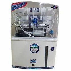 Na Water Purifier, Storage Capacity: Na
