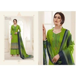 Green Ladies Silk Suit, Machine wash