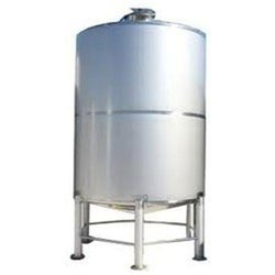 Oil Stainless Steel Storage Tank, Capacity: 500-1000 L, Steel Grade: Ss 304