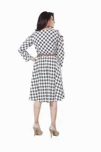 16cf48cdeb9 Woman White black One Piece Dress