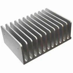 Straight Fin Aluminium Heat Sinks, Thickness: Upto 40 Mm, Size: 10 Mm Upto 300 Mm