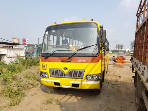 Wholesaler of Used school bus & USED TRUCK by Bus Truck Market, Pune
