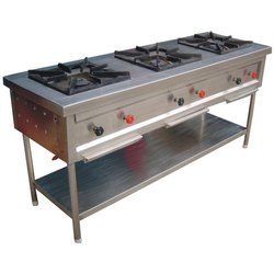 Stainless Steel Commercial Three Burner Cooking Range, 3