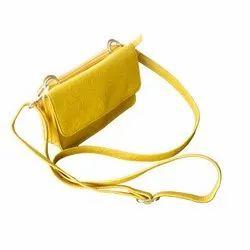 Kari Ladies Leather Handbag