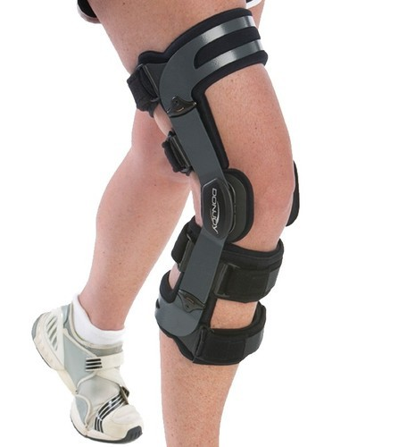 e3ae18be83 Donjoy OA Adjuster 3 Knee Brace, Rs 32700 /unit, I Touch Surgical ...