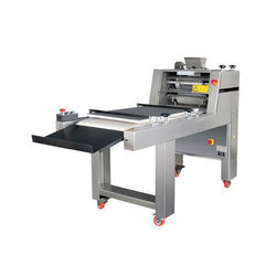Dough Moulder Machine, Capacity: 1500-2000 Pcs/per Hour