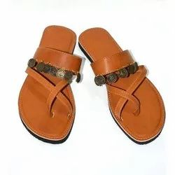 Ladies Traditional Kolhapuri Chappal