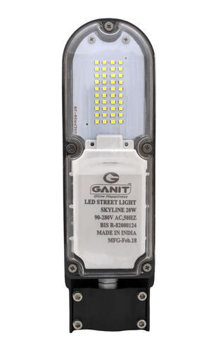Cool White And Warm White 20 Watt LED Street Light, 110V To 285V