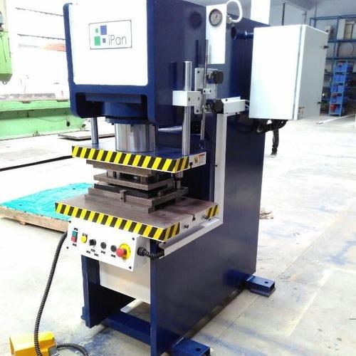 IPan Hydraulic C Frame Press, Rs 100000 /piece, IPan Machineries ...