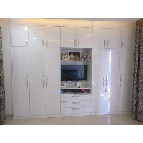 White Modern Wardrobes With TV Unit, Max TV Screen Size ...