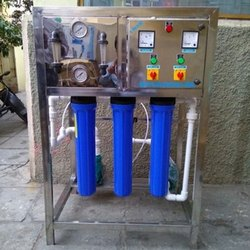 Reverse Osmosis Drinking Water System, Vertical, Automation Grade: Semi-Automatic