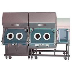 Technetium Dispensing Isolator
