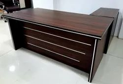 Modern Brown Wooden Office L Shape Table With Silver Finishing Look, Size: 6*3