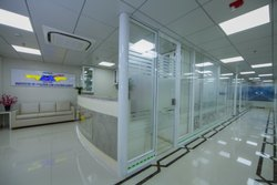 Double Glass Office Partition