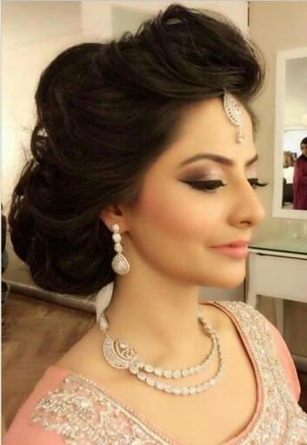 Female Hd Party Makeup With Creative Hair Style Id