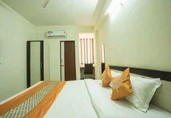 Deluxe Room Rental Service