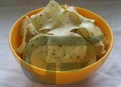 Round Green Chilly Rice Papad