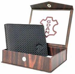 Bi Fold Black Leather Wallet, Card Slots: 6