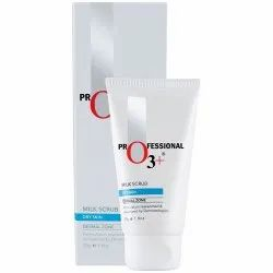 O3 Milk Scrub Enriched with Macadamia Nuts Extracts for Clean & Bright Complexion, 50g