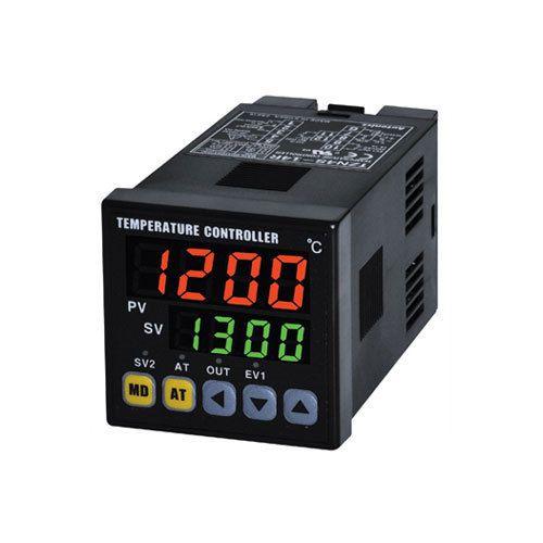 Dual Display, Single Output Temperature Controller