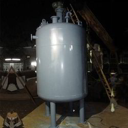 Stainless Steel Chemical Reactors, Capacity: <1 KL And 2 KL