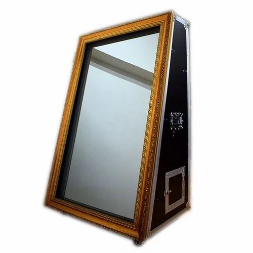 Ice Digitek Magic Mirror Photo Booth