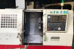 MAKE-HWACHEON HI ECO-21 A CNC Turning Lathe Machine 200 Chuck 550 Length
