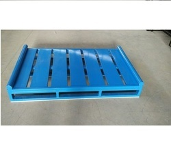 Blue Pallet with Antifall Support