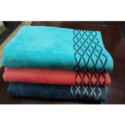 Mauria Cotton Holiday Bath Towel, Rectangular, 450-550 GSM