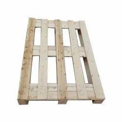 Rectangular 2 Way Fumigated Hardwood Pallet, For Shipping, Capacity: 100-200 Kg