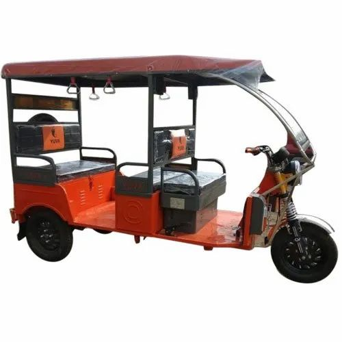 Yuva 5 Seater Battery Operated E Rickshaw
