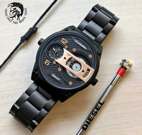 Disel Watch With Brand Box Nd Best Quilty