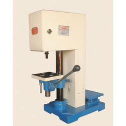 Vertical Tapping Machine 06 mm Capacity