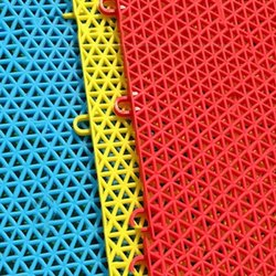 Plastic Floor Mats Hard And Soft Suitable
