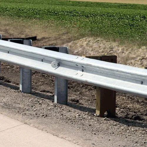 Highway Safety W Beam Crash Barrier