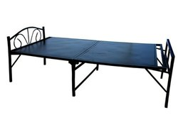 Black Powder Coated Metal Centre Folding Bed, Single, Size: 6x3 Ft