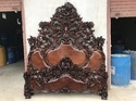Hand Carved Royal Antique Wooden Double Bed, Dimension: 76 X 82 Inch