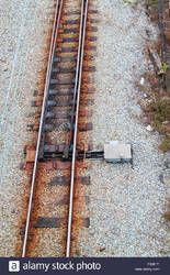 Elastomeric Rail Clip