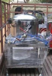 Vacuum Chamber with Pneumatically Operated Door