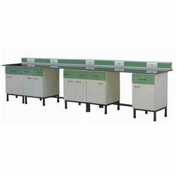 Laboratory Instrument Table