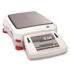 Explorer Precision Balances