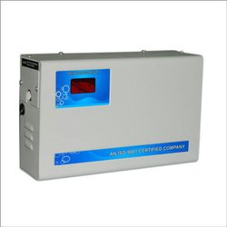 Upto 15kva Model Name/Number: Rvs AC Voltage Stabilizer, 90/130/170v, Current Capacity: Upto 60 Amps