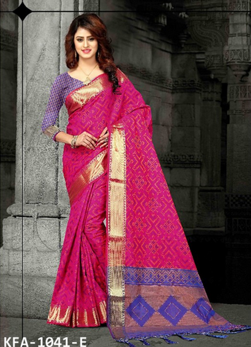 15972777b9 Banglori Silk Kaavifab Buy Rani Pink Heavy Banarasi Silk Patola Saree